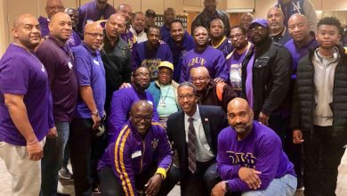 Photo of McDuffie, Ques Visit Retired Vets in D.C.