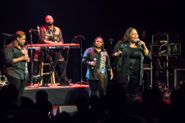 Tasha Cobbs Leonard performs at the Warner Theatre in D.C. on Nov. 15. (Shevry Lassiter/The Washington Informer)