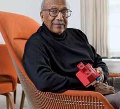 Photo of Charles Harrison, 87, Famed Industrial Designer, Dies
