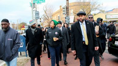 Photo of Bowser's Stroll Reveals Anacostia in Transition