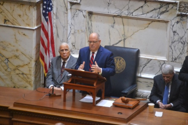 Photo of Hogan: 'Work and Get Things Done'