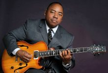 Photo of Grammy-Nominated Paul Jackson Jr. Joins Harp, Lorber on 'Life and Times'