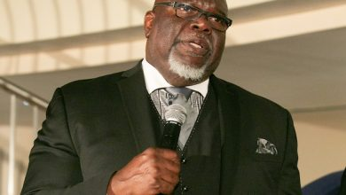 Photo of T.D. Jakes Discovers Nigerian Roots