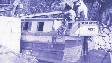 African-American barge workers navigating the canals of Georgetown (Courtesy photo)
