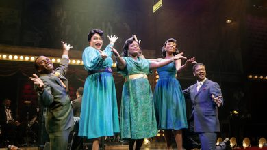 "Photo of Signature's 'Ain't Misbehavin"" Revives Hit Play, Music Icon"