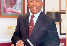 Photo of Rev. John Cherry, Founder of Suitland-Based Megachurch, Dies at 79