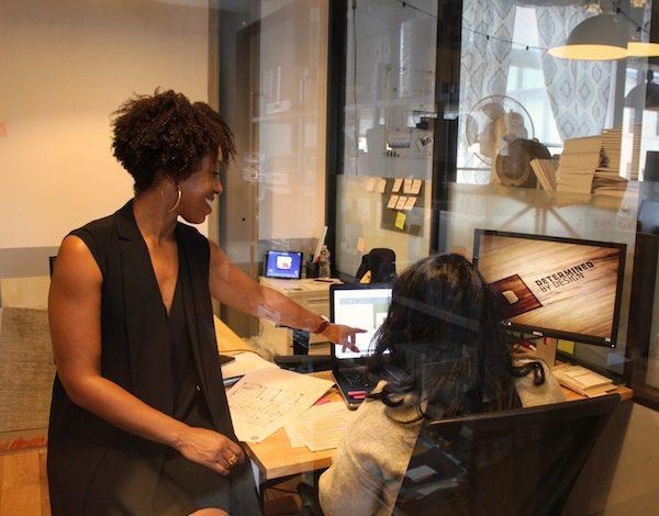 Kia Weatherspoon hard at work (Brigette White/The Washington Informer)