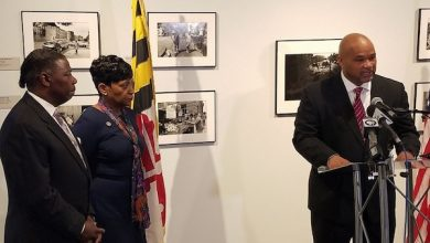 Photo of Jones Ends Bid for Md. House Speaker, Backs Davis