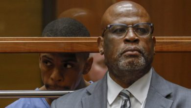 Photo of Christopher Darden Representing Nipsey Hussle's Accused Killer