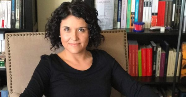 Dr. Ana Lucia Araujo (Courtesy of analuciaaraujo.com)