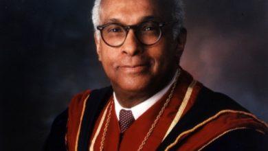 Photo of Dr. LaSalle D. Leffall, 89, HU Medical Pioneer, Dies