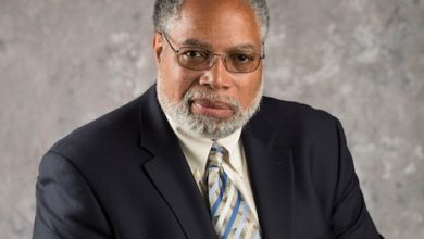 Photo of LETTERS TO THE EDITOR: Lonnie Bunch Making Moves