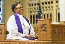 Photo of Episcopal Bishop Breaks Race, Gender Barriers