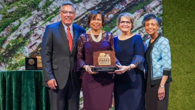 Photo of ASALH Exec Among National Parks' Centennial Honorees