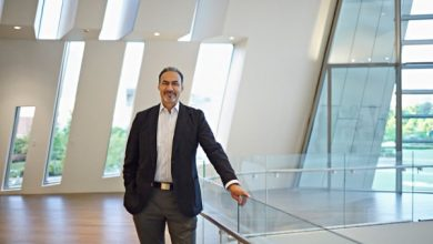 Photo of Phil Freelon, 66, Designer of African American Museum, Dies