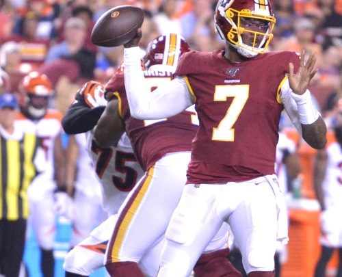Washington Redskins quarterback Dwayne Haskins looks for a open receiver during a 23-13 preseason loss to the Cincinnati Bengals at FedEx Field in Largo, Md., on Aug. 15. (John E. De Freitas/The Washington Informer)