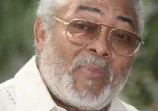 Photo of Rawlings Urges Ghanaians to Pray for Peace, Progress