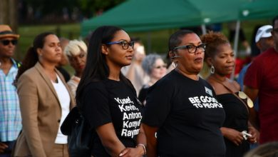 Photo of Interfaith Vigil Urges Paradigm Shift on Social Issues