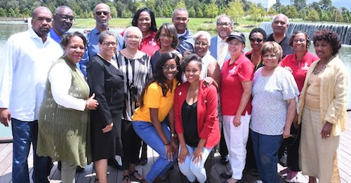 An informal gathering of National Newspaper Publishers Association board members and publishers met recently in Houston. (NNPA Newswire)