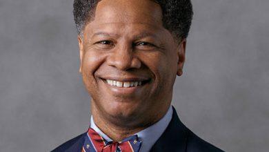 Photo of Massey Cancer Center in Virginia Names Robert Winn as New Director