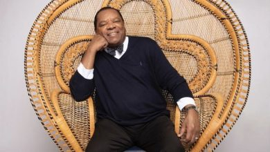 Photo of John Witherspoon, Star of 'Friday,' 'Wayans Bros.,' Dead at 77