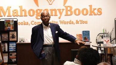 Photo of Detroit Entrepreneur Talks Success, Hustling at D.C. Bookstore