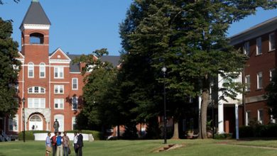 Photo of Morehouse College Faces Financial Crisis