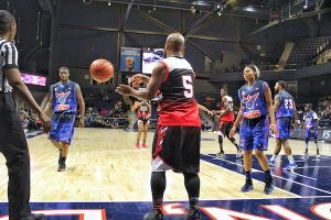 The Washington Fusion face the Chicago Vikings in Global Mixed Gender Basketball action at the Entertainment and Sports Arena in southeast D.C. on Nov. 16. The league features both male and female players. (Brigette Squire/The Washington Informer)