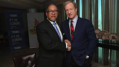 Democratic presidential hopeful Tom Steyer (right) joins National Newspaper Publishers Association President and CEO Benjamin F. Chavis Jr. in Las Vegas for a Feb. 20 fireside chat. (NNPA Newswire)