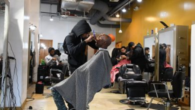 Photo of D.C. Barbershops, Beauty Salons Shutter Per Mayor's Directive