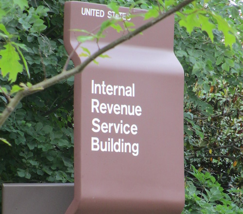 IRS location sign on Constitution Avenue, Washington, D.C. (Joshua Doubek via Wikimedia Commons)