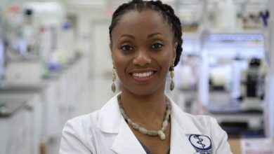Photo of African American Scientist Breaks Ground in Cancer Research