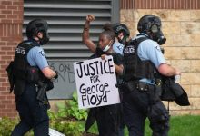 Photo of House Passes Police Reform Bill Named for George Floyd