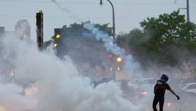Photo of VIDEO: Tear Gas Flies as Minneapolis Rioters Protest Death of George Floyd