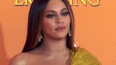 Photo of Beyonce Donates $500K to Those Facing Eviction Amid Pandemic