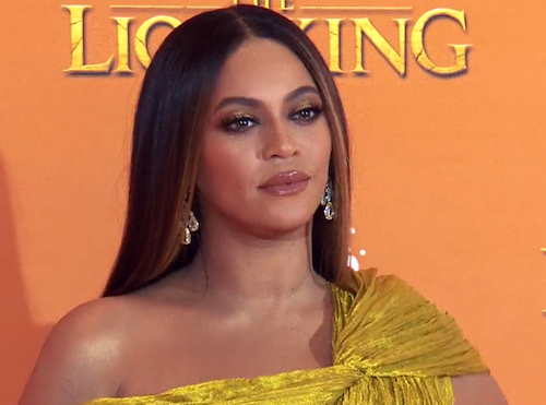 Photo of Beyonce, NAACP Partner to Provide Grants for Black-Owned Small Businesses