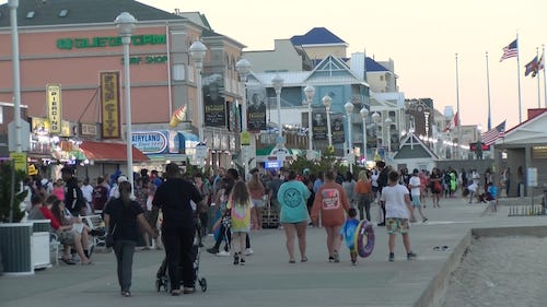 People on the boardwalk in Ocean City will be required to wear masks in public to stem the rise in COVID-19 diagnosis. (Courtesy photo/delmarvanow.com)