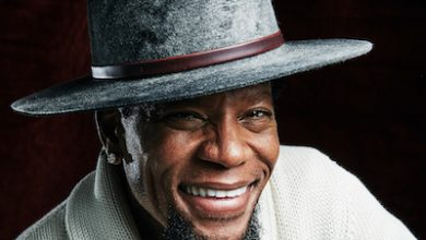 Photo of D.L. Hughley Delivers Manifesto to America in New Book