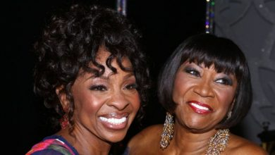 Photo of Undisputed Divas Gladys Knight, Patti LaBelle to Face Off on Next 'Verzuz' Battle