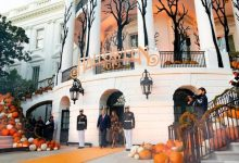 Photo of White House Hosting Halloween Event Despite Recent Coronavirus Outbreak