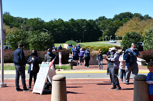 Residents in Virginia showed up at the polls for early voting and on Election Day. (Anthony Tilghman/The Washington Informer)