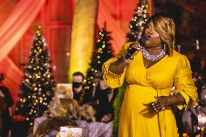 """Nova Y. Payton, one of the featured vocalists for """"Ella Wishes You a Swinging Christmas with Vanessa Williams,"""" airing on PBS on Dec. 15 (Photo by Kevin Parisi)"""