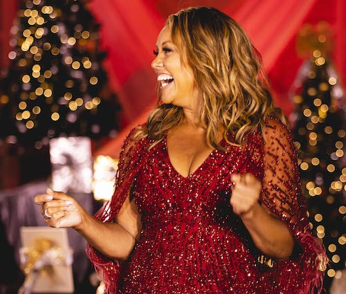 """""""Ella Wishes You a Swinging Christmas with Vanessa Williams"""" airs on PBS on Dec. 15. (Photo by Kevin Parisi)"""