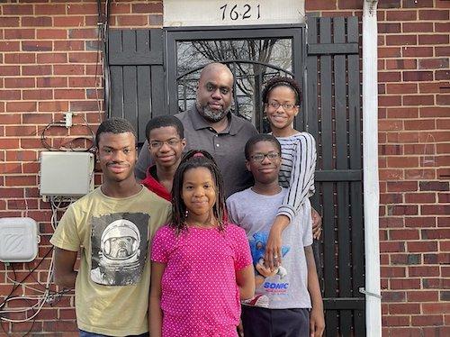 From left: The Gray family of Hyattsville, Maryland — Omari, 18; Shane, 14; Tahira Gray; Kayla, 8; Jade, 11; and LaRonda Gray. (Anthony Tilghman/The Washington Informer)