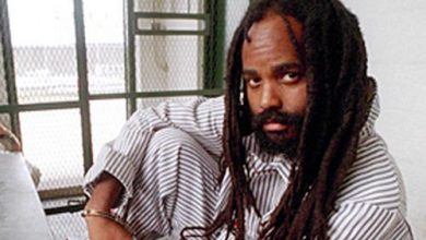 Photo of Activists Call for the Release of Mumia Abu-Jamal
