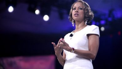 Photo of Stacey Dash Disavows Trump, Apologizes for Past Fox News Comments: 'That's Not Who Stacey Is Now'