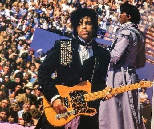 Photo of Prince's Legendary Bassist Remembers the Icon Five Years After His Death