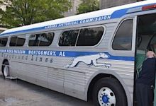 Photo of 60 Years Later, Freedom Riders Roll into Birmingham
