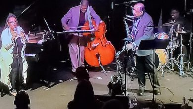 """Patrice Rushen, Reggie Hamilton, Ernie Watts and Marvin """"Smitty"""" Smith in action (Photo by Timothy Cox)"""