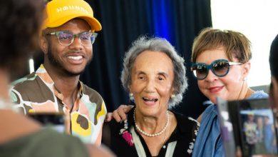 From left: Kwame Onwuachi, Virginia Ali and Sheila Johnson celebrate the presentation of a lifetime achievement award to Ali. (Natalie C. Hockaday/The Washington Informer)